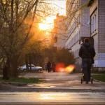 24_На ул. Мальцева, во время сумерек. В лики города